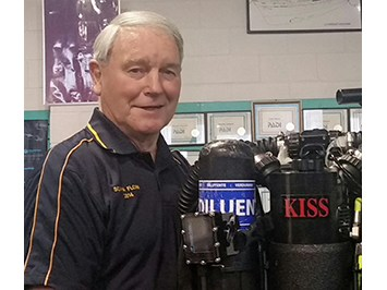 Wellington KISS Rebreathers Technical Diving NZ. Tony and his KISS Classic mCCR