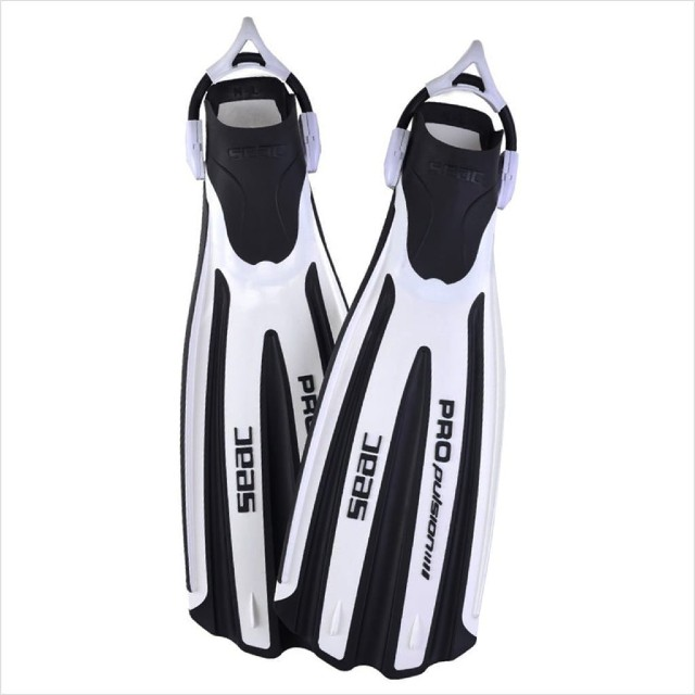 Wellington SCUBA Diving Fins Seac Propulsion diving fins