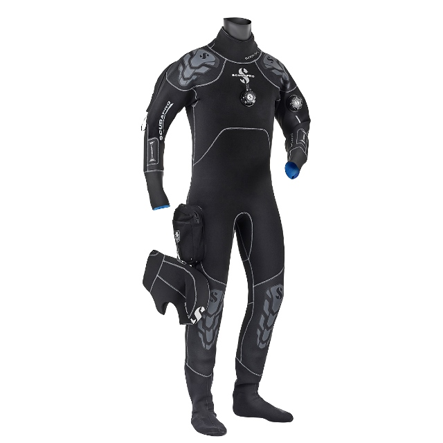 wellington diving scuba drysuit fun courses underwater diving nz